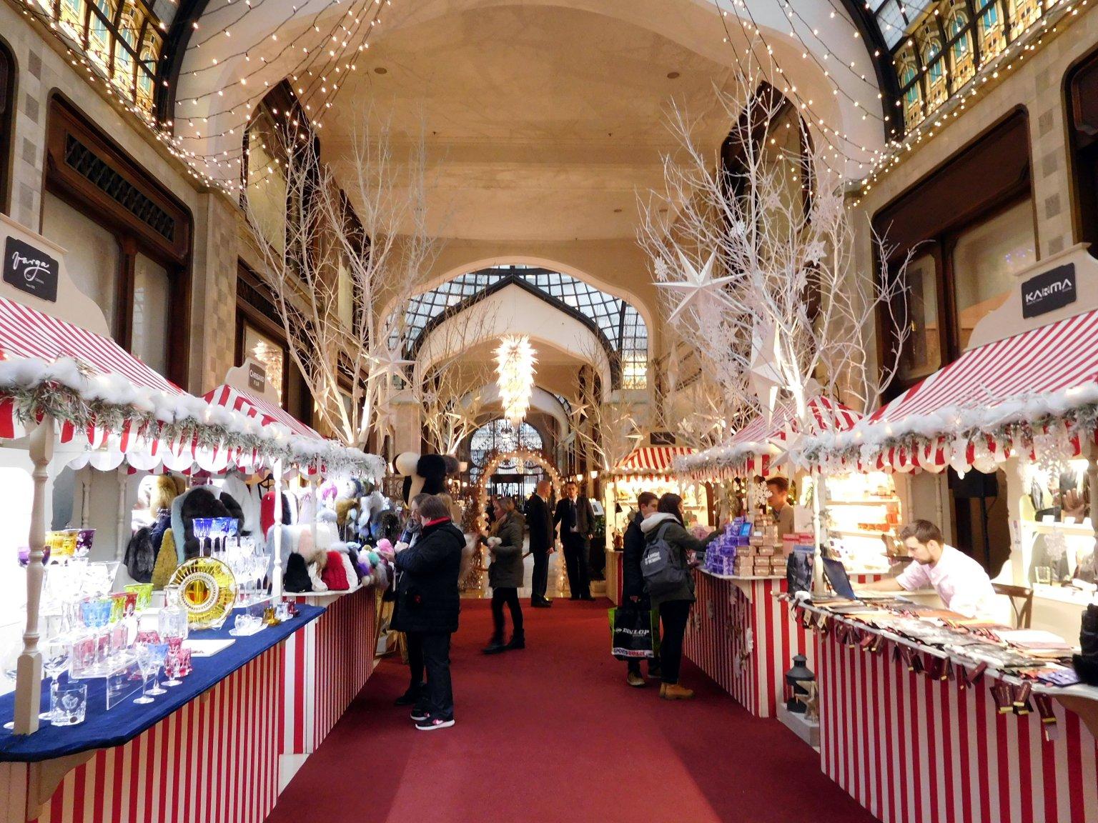 Рождественская ярмарка в отеле Gresham Palace